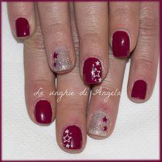 Simple gelpolish manicure with stars