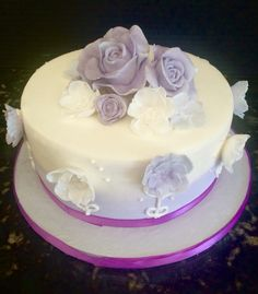 Rose themed Happy Birthday Cake