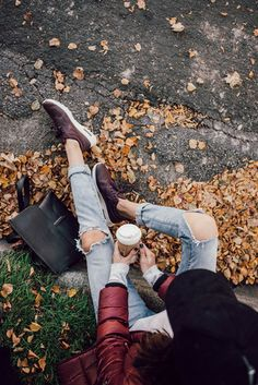 Cá tính với quần jeans rách