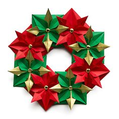 DIY Origami Christmas Wreath - great decoration for the Holidays!