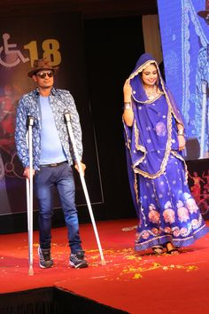 The differently able contestants walked the ramp with full virtuosity in crutches Round! Living in deprivation of colors, they filled up the surroundings with the colors of joy & optimism This is the strength of knowing self worth #Divya2018 #Surat #Crutches #TalentOnCrutches