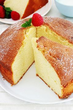 À acheter Classic, easy yogurt cake. A base which is also used to make: a fruit cake, a chocolate ma Easy Cake Recipes, Snack Recipes, Dessert Recipes, Cooking Recipes, Yogurt Recipes, Bolo Cake, Chocolate Cake Recipe Easy, Yogurt Cake, Food Cakes