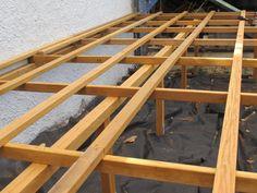 Solives en Cumaru pour terrasse sur poteaux Ladder, Deck, Home, Nature, Decking, Ile De France, Stairway, Naturaleza, Front Porches