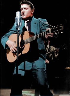 Hillbilly Cat (every concert, studio recording and important event in Elvis Presley's Life from Sun Records, Memphis, Tennessee, 1953 to December 1955).