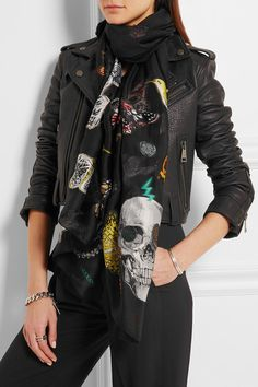 Multicolored fil coupé silk-blend 55% silk, 40% polyester, 2% polyamide, 2% viscose, 1% metalized fiber Dry clean Made in Italy Skull Scarf, Scarfs, Victoria Beckham, Alexander Mcqueen Scarf, Camisole, Wraps, Female, Jackets, Cutaway