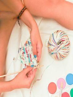 combinación de colores para tejer Yarn Inspiration, Confetti, Lana, Sprinkles, Bucket Bag, Hand Painted, Knitting, Blog, Cotton