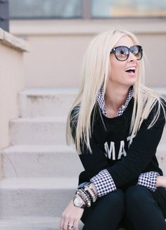 Pair straight blonde hair with large sunglasses for a fun summer street style