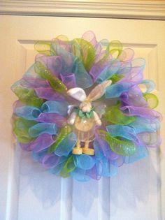 Geo mesh Easter wreath. $35.00, via Etsy.