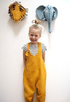 Musselin-Kinkerlitzchen - Tag für Ideen Muslin Kinkerlitzchen - day for ideas Toddler Girl Style, Toddler Girl Outfits, Baby Outfits, Toddler Fashion, Outfits For Teens, Kids Fashion, Summer Outfits, Baby Clothes Shops, Diy Clothes