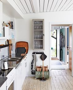 white beamed ceilings / kitchen