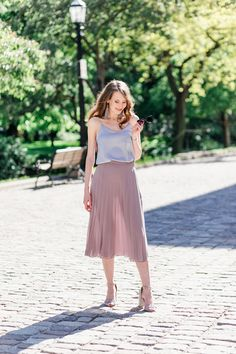 Welcome to your feminine style haven! Whether you are looking for perfect everyday tulle skirt, gorgeous tutu, or formal neoprene skirt - we have them all. Chiffon Skirt, Midi Skirt, Tulle Tutu, Feminine Style, Taupe, What To Wear, Formal, Skirts, Summer