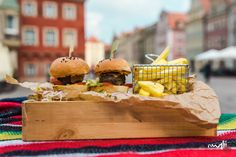 #tequilarnia #poznan #poland #polska #delicious #food #new_food #tasty #fun #great_time #good #healthy #lunch #hungry #waiting_for_you #friends #friendship #savory #nice #weekend #power #friday #happy #familya #supper #good_day #sauce #like #sandwich #fresh #hamburger #chips #french_fries Delicious Food, Tasty, Nice Weekend, French Fries, New Recipes, Poland, Hamburger, Sandwiches, Friendship