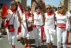Santacara: Día de la Víspera 14/08/2012 (2) White Jeans, Pants, Fashion, Fiestas, Trouser Pants, Moda, Fashion Styles, Women's Pants, Women Pants
