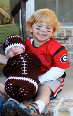 Cutest Halloween costumes ever! but we might need Gator football players