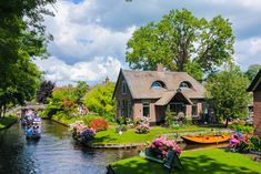 Giethoorn , Netherlands