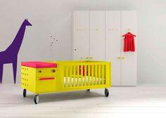Dormitorio para bebé con cuna convertible