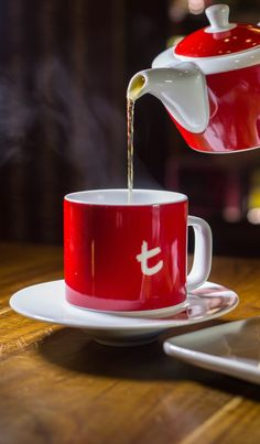 The Perfect Cup Perfect Gift for Tea Lover from Dilmah Luxury Leaf Tea Brewer