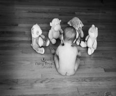 6 month baby girl picture ideas... So doing this for Charlotte's next session!!