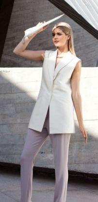 Minimal Chic: 9 New Sewing Patterns Smoking, Burda Patterns, Sewing Patterns, Style Magazin, Belle Silhouette, Gilet Long, Tuxedo Vest, Schneider, Jackets