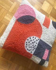 Another cushion photo ( Whilst I was making these I preferred the other cushion. I think that's because this one pushed me… Needle Cushion, Diy Cushion, Beginning Embroidery, Punch Needle Patterns, Latch Hook Rugs, Handmade Cushions, Punch Art, Textiles, Rug Hooking