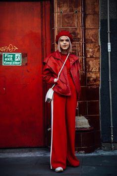 All-Red Outfits - любимый уличный стиль на Лондонской неделе моды - Fashionista