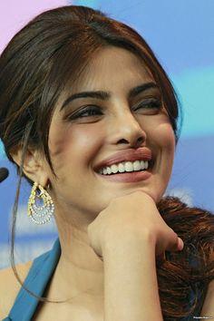 Hollywood Actress Name List, Hollywood Girls, Hollywood Heroines, Hollywood Actresses, Indian Actresses, Bollywood Actress Hot Photos, Bollywood Bikini, Oscar Fashion, Bikini Pictures