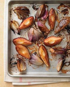 Caramelized Pears and Red Onions Recipe