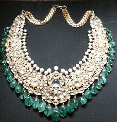 "National Museum New Delhi ""Alamkara"" Diamonds, Emeralds and Pearls Necklace. Moghul period."