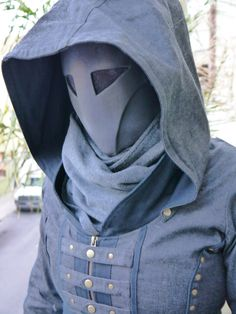 Sith-Inspired Resin Mask by SilverDrakeStudios. Quietus version also has silencer and earpiece to hide voice. Character Inspiration, Character Design, Cosplay Armor, Masks Art, Masquerade, Mascarade Mask, Sith, Tactical Gear, Mask Design