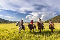 Horse Illustrated's managing editor shares her spring vacation to The Ranch at Rock Creek with her readers.