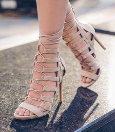 Lola Shoetique | Fall Fashion | Strappy Heels | Lace-Ups | Nude