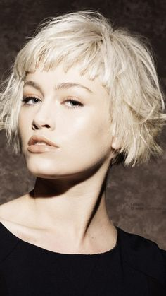 2017 Short Hairstyle Ideas with Bangs