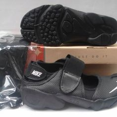 Nike Rift Shoes Nike Air Rift All Black [Nike Air Rift - Very breathable Nike Air Rift All Black shoes feature perforated upper. The black upper is made of leather, which adds durability to these cool shoes. The white stitched Nike logo is on the toe. Nike Air Rift, All Black Shoes, Fenty Puma, Bow Sneakers, Nike Logo, Black Nikes, Nike Shoes, Nike Women, Leather