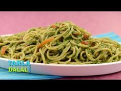 Spaghetti in Spinach Sauce (Iron rich) Recipe Video by Tarla Dalal Foods With Iron, Foods High In Iron, Iron Rich Foods, High Iron, Veggie Recipes, Indian Food Recipes, Vegetarian Recipes, Cooking Recipes, Healthy Recipes