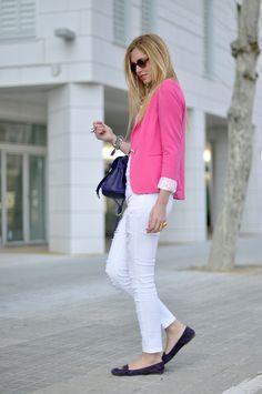cuuuute pink blazer! this looks like yours @Kat Ellis Elpers