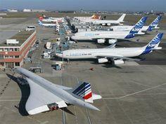 Concorde, le plus bel avion du monde - BMW Club France - BMW Club France A380 Aircraft, Airbus A380, Bmw Z3, Helicopter Plane, Jet Plane, Concorde, Sud Aviation, Boeing 727, Old Planes