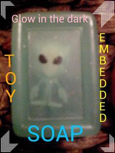Glow in the dark alien toy soap-Aakasha's @Aakashasnatural