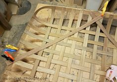 Learn how to make a DIY tobacco basket that resembles a vintage basket but for only a fraction of the cost of an authentic tobacco basket. Tobacco Basket Decor, Wood Basket, Diy Projects To Try, Crafts To Make, Diy Crafts, Wood Projects, Stick Crafts, Woodworking Projects, Wire Baskets