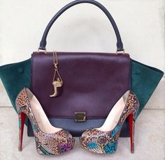 colourful combo - absolutely beautiful! #shoeporn #bagporn #perfectpairings