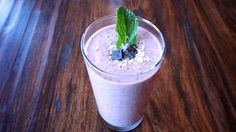 We are travelling the west coast and I am so enjoying all the fresh food available here. Mint Smoothie, The Fresh, Smoothie Recipes, Strawberries, Ethnic Recipes, Blog, Strawberry Fruit, Blogging, Strawberry