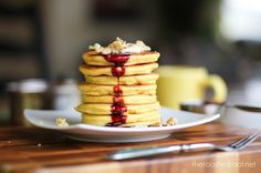 Almond Flour Pancakes - a #glutenfree #paleo breakfast with protein. The breakfasts of champions