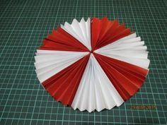 Chinese Paper Lanterns, Fiesta Decorations, Class Decoration, Art For Kids, Red And White, Art Projects, Diy And Crafts, Valentines, Make It Yourself