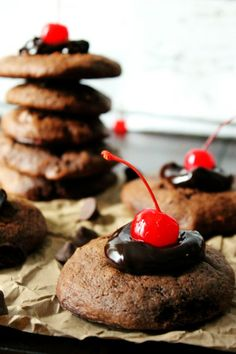 Chocolate Covered Cherry Cookies with Cherry Flavored Filled DelightFulls™ via @crustcutoff