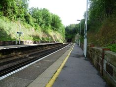 Riddlesdown Railway Station (RDD) in London, Greater London