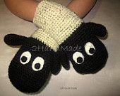 Funny Chunky Crochet Lamb Sheep Mittens Animal Puppet Unisex Boy Girl Teens Women Men Gloves Merino Wool Ivory Black Hand Warmers