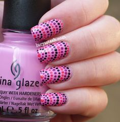 great idea for an accent nail. would start at the tip with the single dot and do this in rainbow colours