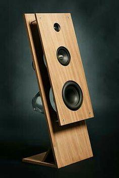 KiB) 611 keer bekeken PS Not even kidding i had an open baffle design just like this for my GCSE project WTF Open Baffle Speakers, Wooden Speakers, Home Speakers, Audiophile Speakers, Hifi Audio, Audio Box, Speaker Box Design, Sound Speaker, Audio Design