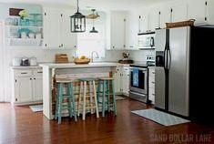 13 Fabulous Summer Coastal DIY Projects Beach Cottage Decor, Coastal Decor, Coastal Style, Modern Coastal, Coastal Furniture, Green Kitchen Designs, Cottages By The Sea, Beach Cottages, Coastal Farmhouse