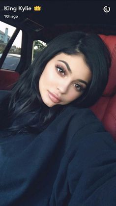 Image about beauty in Kylie Jenner 👑💄👄 by PEZ ॐ Looks Kylie Jenner, Kylie Jenner Style, Kendall And Kylie Jenner, Kylie Jenner Snapchat, Kily Jenner, Kardashian Jenner, Kourtney Kardashian, Kylie Jenner Makeup, Kylie Jenner Outfits