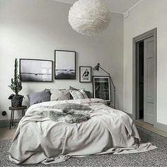 33 Scandinavian Bedroom Ideas That Are Modern and Stylish. minimalist bedroom decor Visit the image link for more details. Scandinavian Bedroom, Cozy Bedroom, Bedroom Apartment, Master Bedroom, Teen Bedroom, Scandinavian Style, Dream Bedroom, Bedroom Wall, Bedroom Styles
